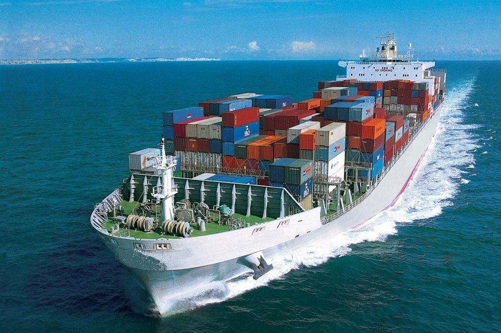 Special-Equipment-Container-Shipping-Service.