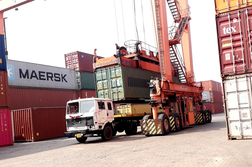 container road transport services in udaipur